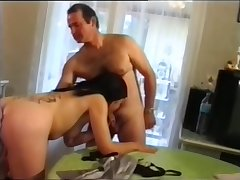 Slim babe takes a hot double dicking - Telsev